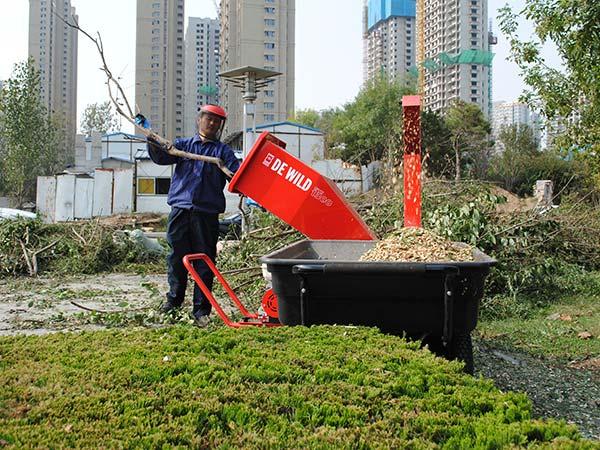 绿化修剪树枝处理